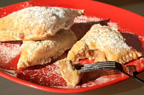 apple-turnovers-on-plate