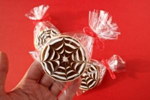 halloween-cobweb-sugar-cookies