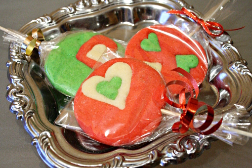 valentine crafts: how i wrapped the cookie lollipops